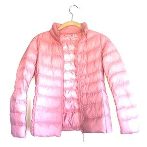 Like new! Uniqlo pink jacket. Perfect for travel